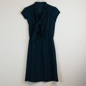 Banana Republic green tie neck dress